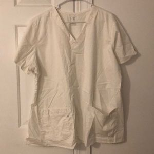 Med Couture White Scrub top. 3XL